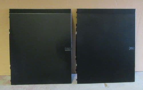 APC Side panel kit - both sides, 4 panels,  for NetShelter SX Series 42U Rack